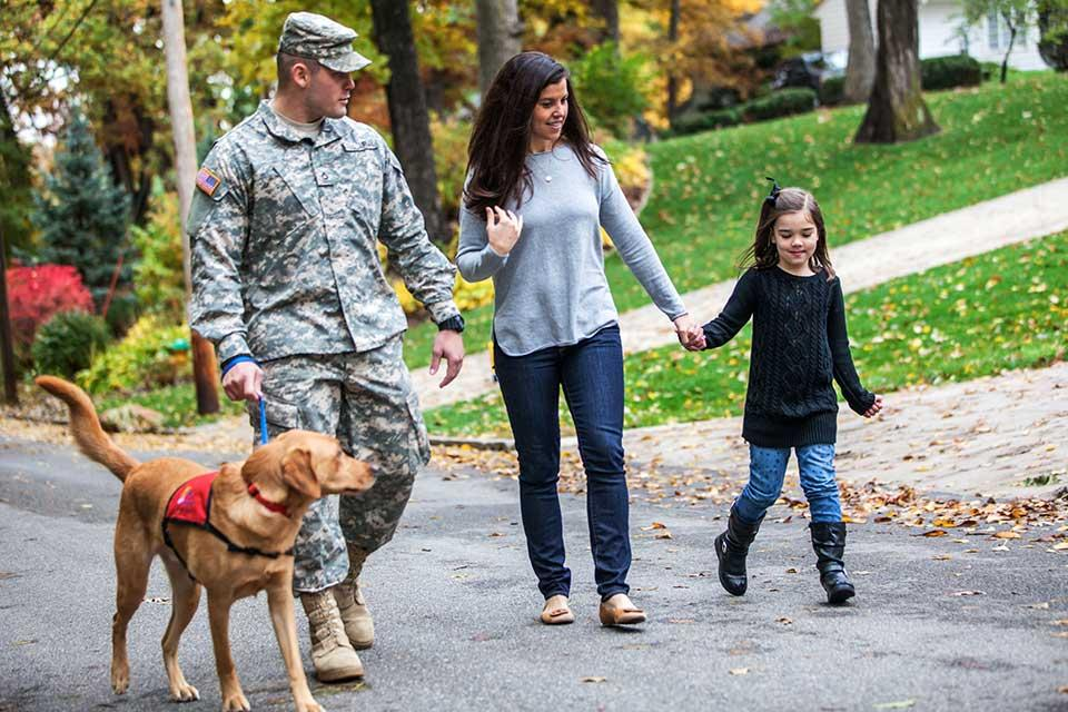 Military_Family_Dog